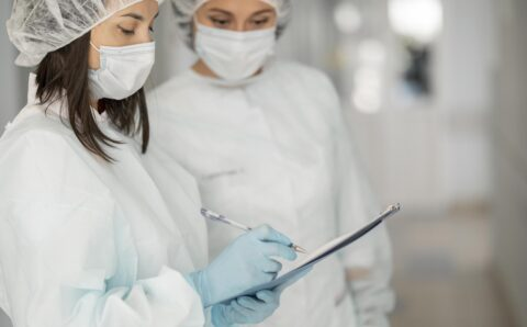doctors-hazmat-suits-hospital
